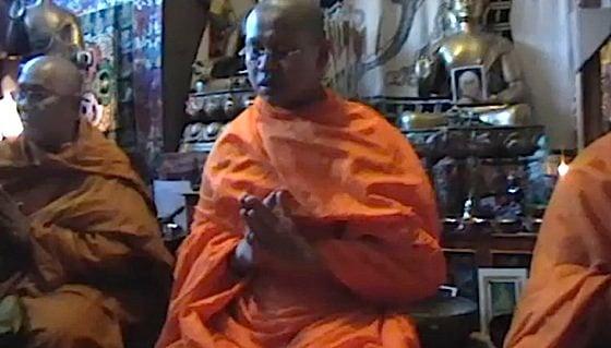 Buddha Weekly 0Monks praying blessing Buddhism Buddha Chanting emptiness of prayer