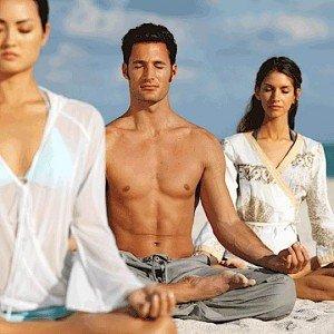 Buddha Weekly 2smGroupman2womenmeditatinglotus