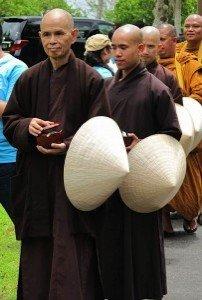 Buddha Weekly 2010 Thich Nhat Hanh Alms Round Buddhism