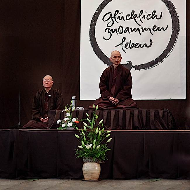 Thay wrote over 100 books, among the most popular authors on Buddhist topics. He taught retreats around the world. Here, he leads a retreat in Cologne.
