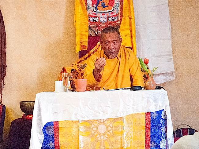 Rinpoche explaining a point in detail at the Owen Sound 2015 Mahamudra one day teaching.