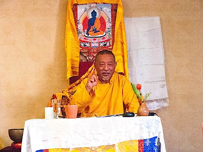 Zasep Tulku Rinpoche emphasizes a point on mindfulness of body meditation.
