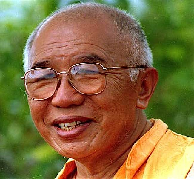 Tulku Urgyen Rinpoche.