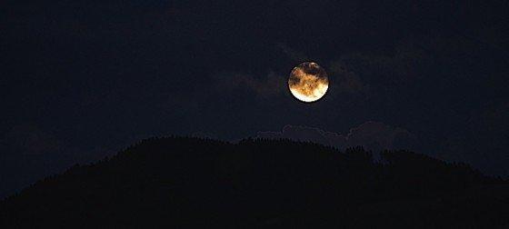 Buddha Weekly sky clouds moon horizon Buddhism