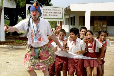 The real-life Patch Adams demonstrated the real healing power of laughter and compassion.