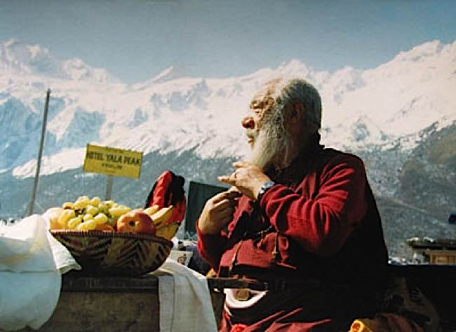 His Holiness Khabje Chatral Sangye Dorje was an outspoken advocate of vegetarianism.