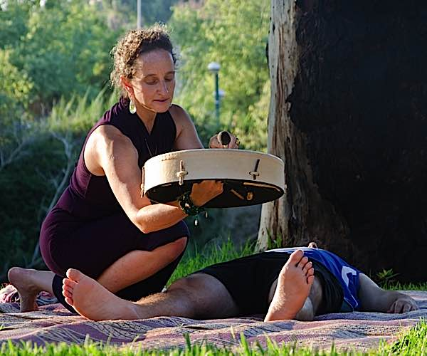 Group drumming and single therapist drumming are increasingly being accepted as valid therapies by the medical and psychiatric community, particularly for support of depression, cognitive disorders and stress.