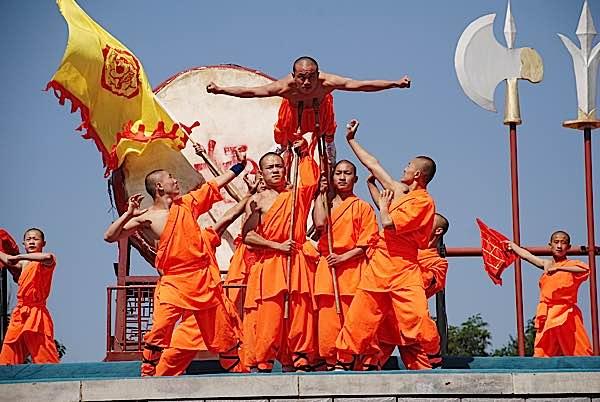 Buddha Weekly Shaolin Monk martial arts performance Buddhism