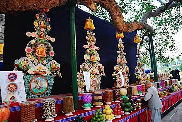 Buddha Weekly Offerings at Bodhghaya Buddhism