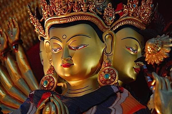 Buddha Weekly Thousand armed Avalokiteshvara Guanyin chenrezig Buddhism
