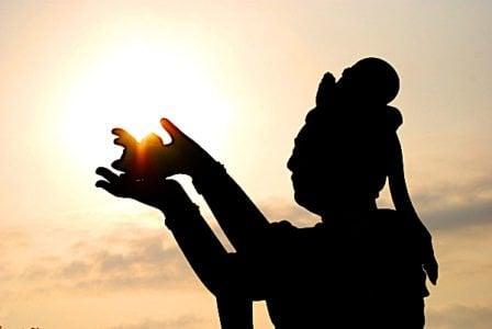 Buddha Weekly Bodhisattva Guanyin with sunshine Buddhism