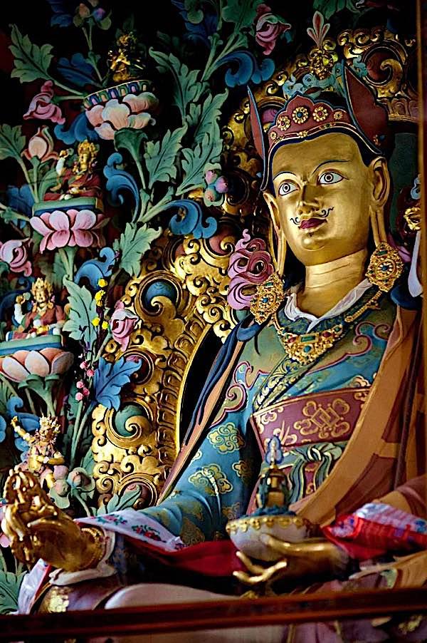 Buddha Weekly Guru Rinpoche Padmasambhava statue beautiful Buddhism