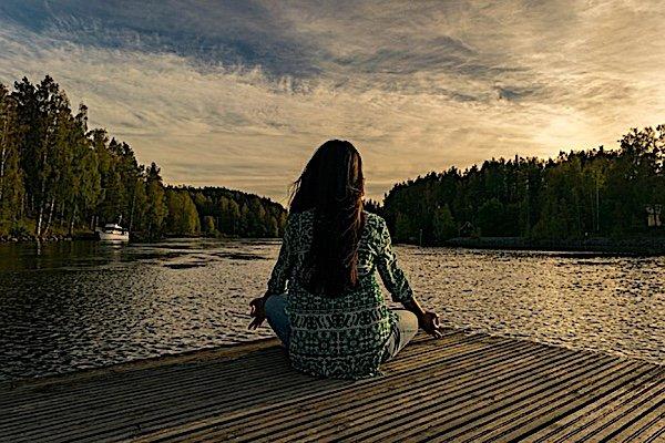Buddha Weekly Meditating on dock Buddhism