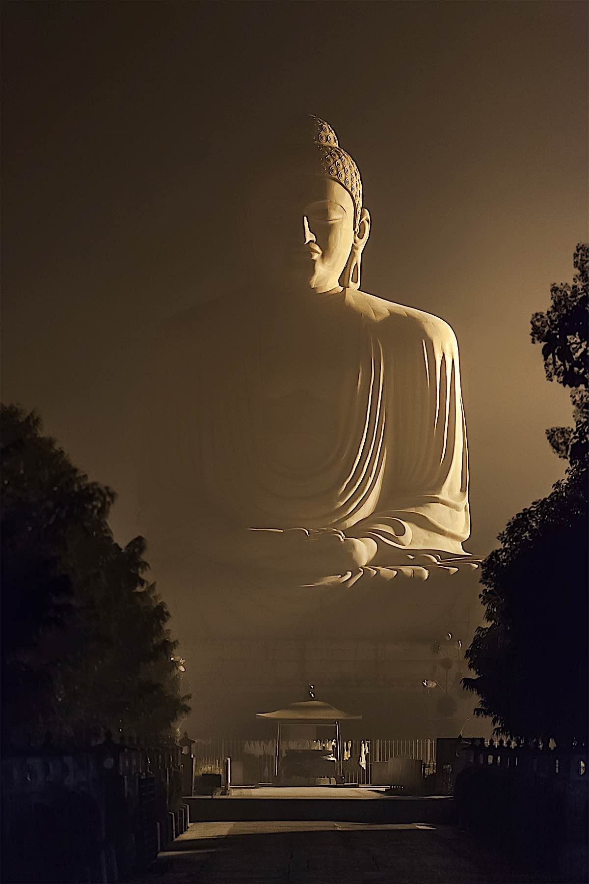 Buddha Weekly 80 foot high Buddha in Bodhgaya Buddhism
