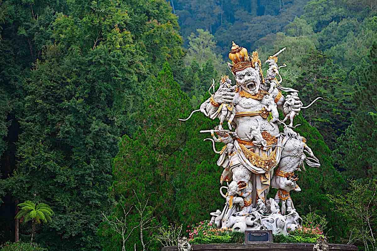 Buddha Weekly Ancient Statue of Kumbakarna a Rakshsa Buddhism