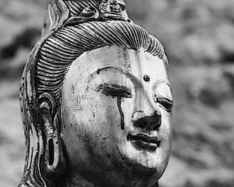 Buddha Weekly Guanyin sheds tears for the world Buddhism