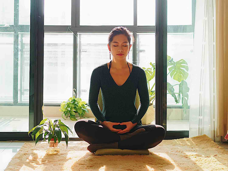 Buddha Weekly Home meditation Retreat Buddhism 1