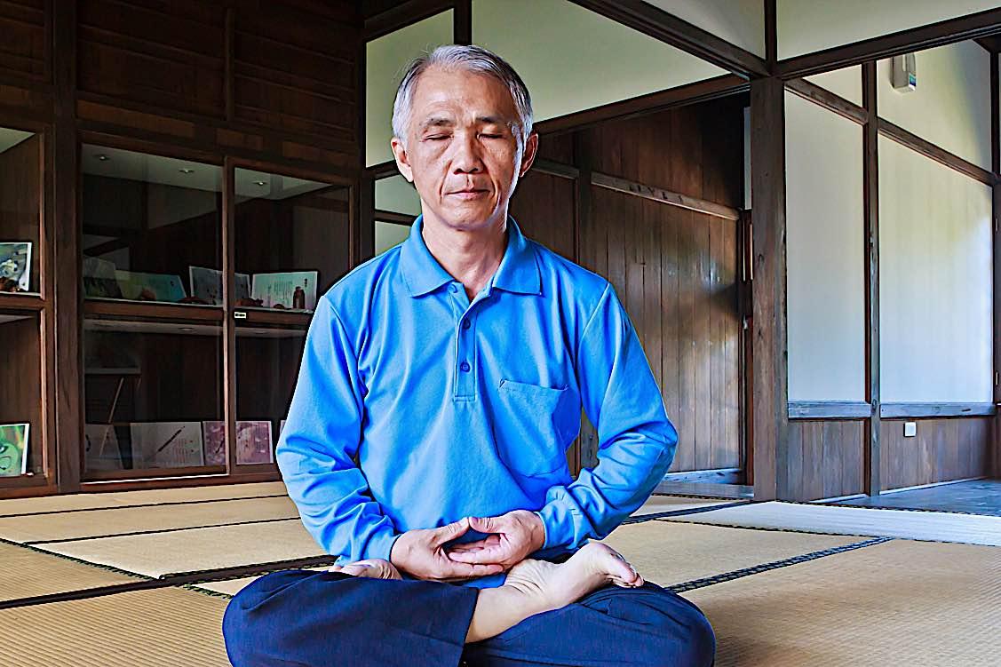 Buddha Weekly Just sitting Zazen Zen Buddhism