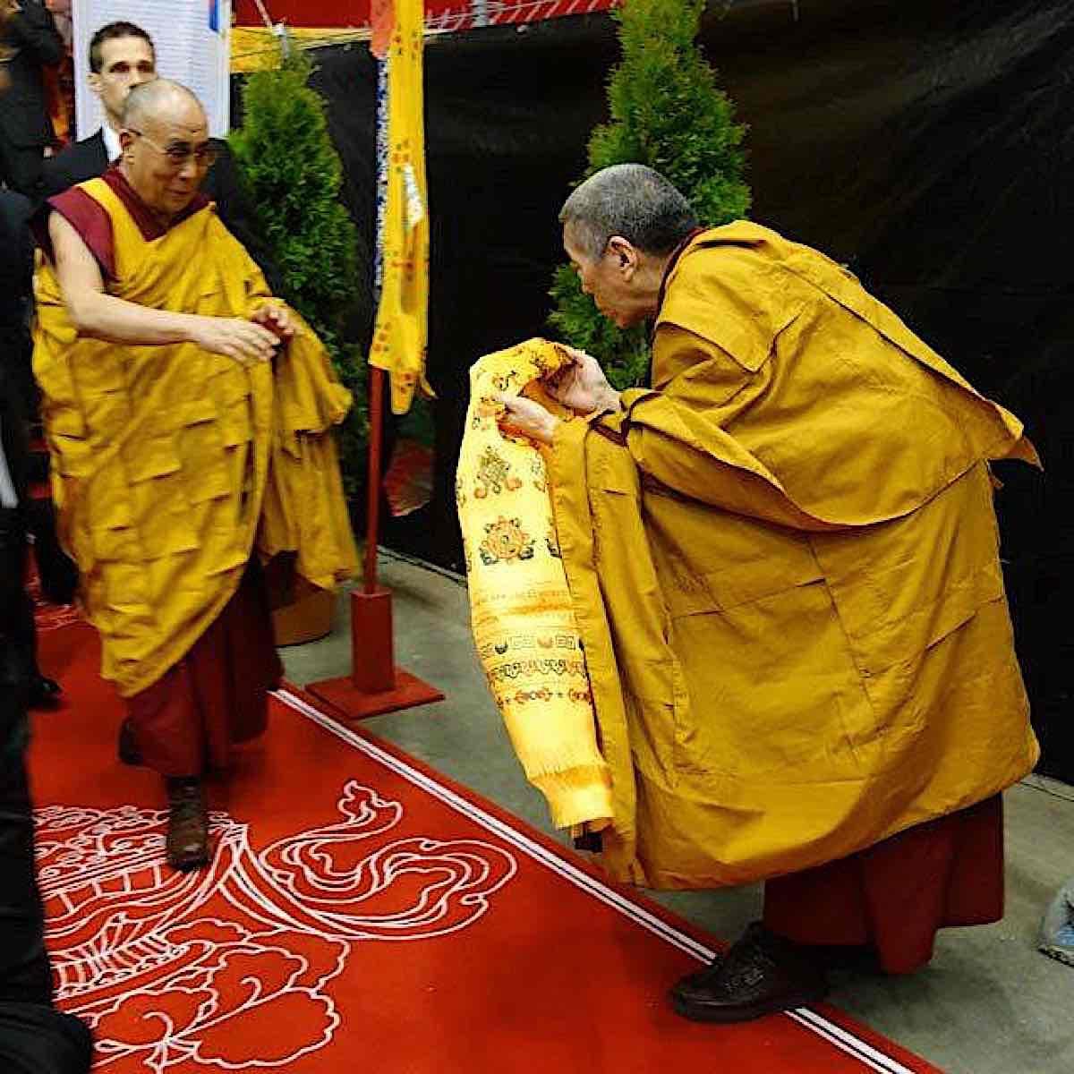 Buddha Weekly Lama Lodro Tulku Rinpoche meets Dalai Lama Buddhism