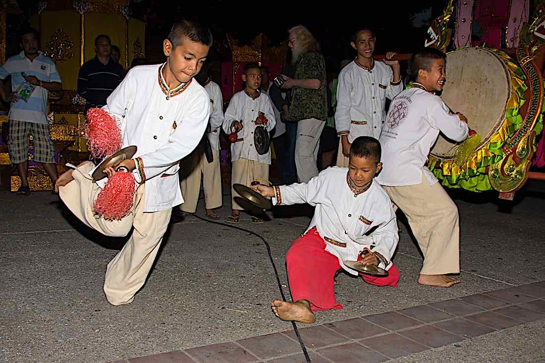 Buddha Weekly Loy Krathong festival celebration Chiang Mai Thailand Buddhism
