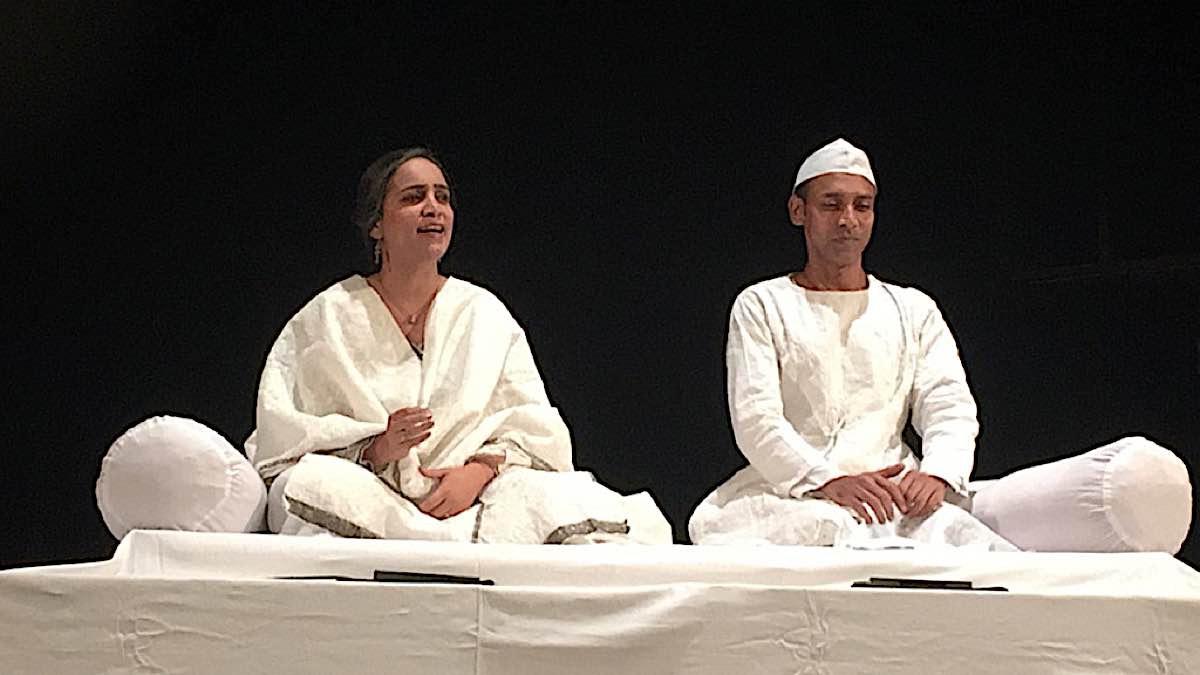 Buddha Weekly Poonam Girdhani and Rajesh Kumar performing Dastan e Irfan e Buddh Buddhism