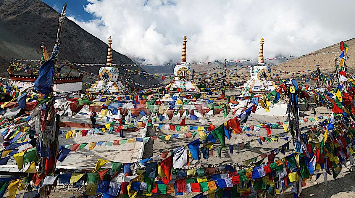 Buddha Weekly Prayer flags stupas Kunzum La pass India 44553953 Buddhism
