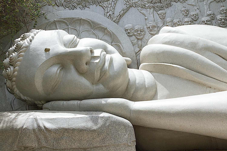 Buddha Weekly Sleeping Buddha landmark on Nha Trang Vietnam dreamstime xxl 27340112 Buddhism