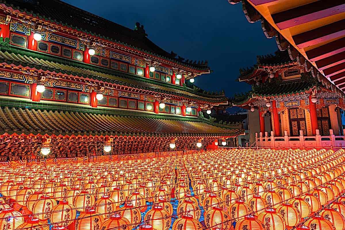 Buddha Weekly Temple Chinese new Year Buddhist 166868806 Buddhism
