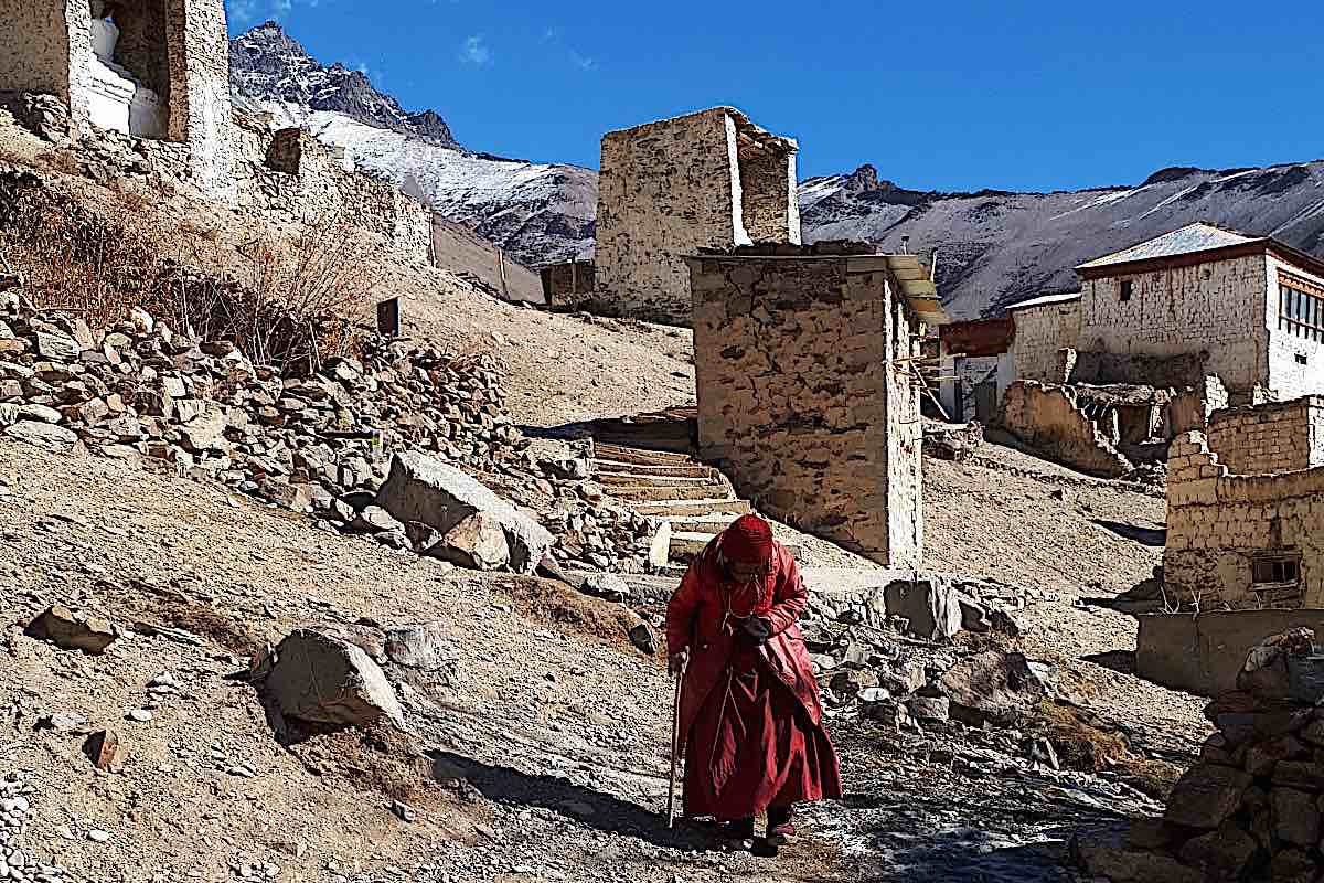 Buddha Weekly There are many elderly nuns Buddhism