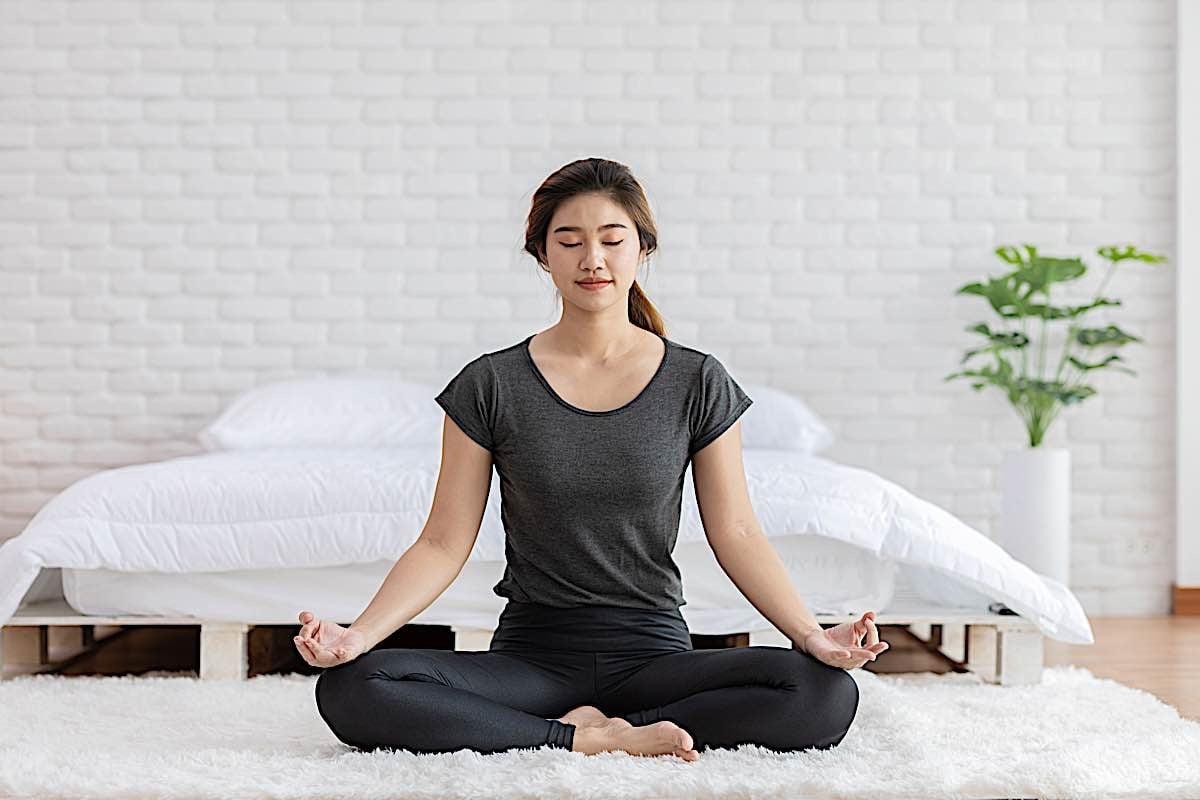 Buddha Weekly Vipassana before bed Buddhism