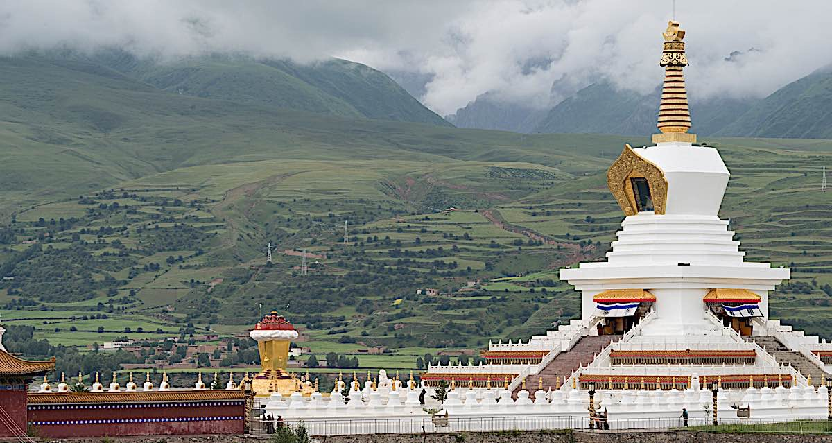 Buddha Weekly White Pagoda park a famous landmark in Ganzi Sichuan China 90730807 Buddhism