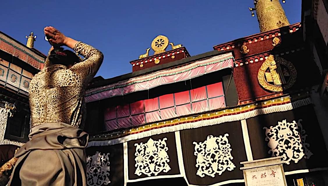 Buddha Weekly White Tara Video bowing at a temple Buddhism