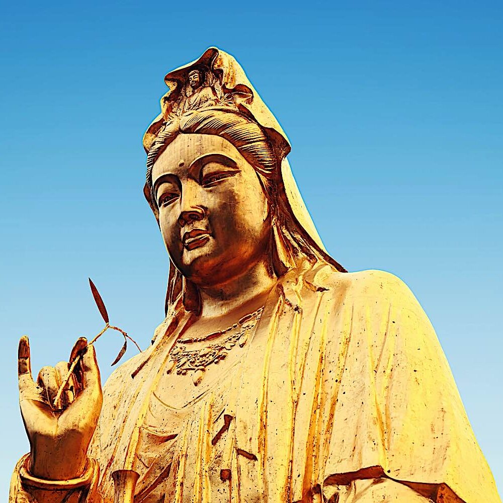 Avalokiteshvara statue (Guanyin, Kannon, Kuan Yin, Chenrezig). In the heart sutra it is Avalokiteshvara who teaches Shariputra, endorsed by Shakyamuni Buddha.