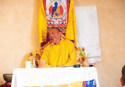 Zasep Tulku Rinpoche teaching Mahamudra in Ontario. Rinpoche is an internationally respected teacher, spiritual head of several meditation centres in North America and Australia.