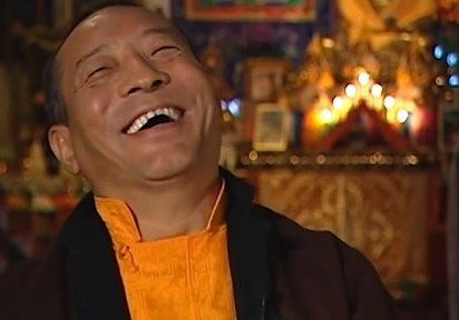Rinpoche's sense of humour and anecdotes engages his students.